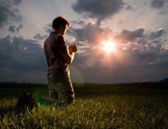 prayer_man_2