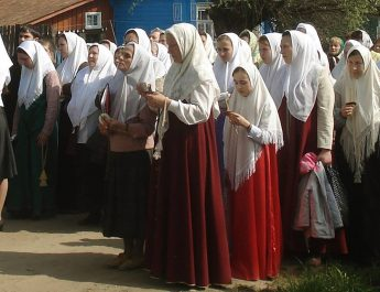 hijab nonmuslim