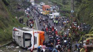 kecelakaan bis