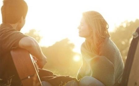 10-lagu-akustik-paling-romantis