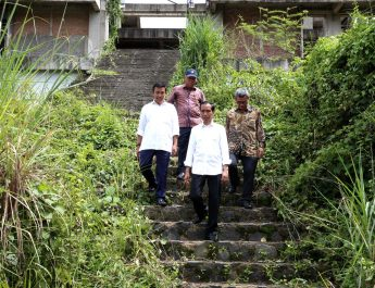 Jokowi Kunjungi Proyek Hambalang_muchlis (6)