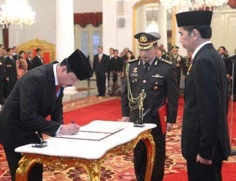 Presiden-Jokowi-Lantik-Budi-Gunawan-sebagai-Kepala-BIN-1