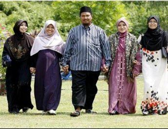laki-laki-poligami4