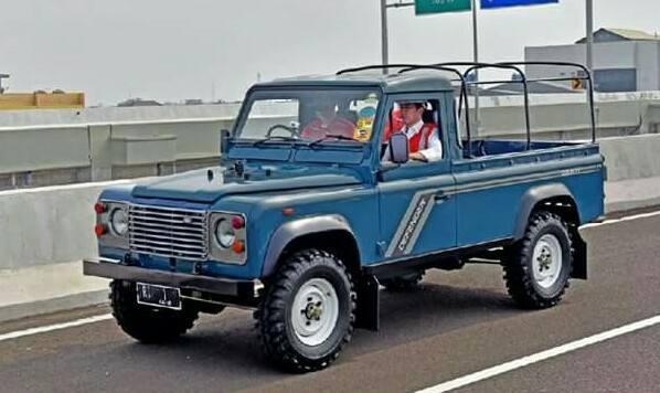 jokowi jeep