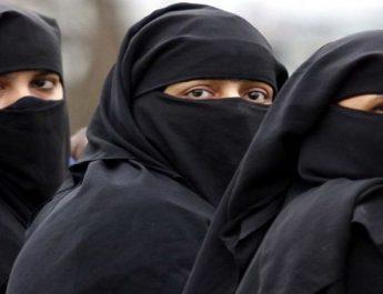 tuduh-perempuan-bercadar-teroris-bule-digelandang-polisi-e03YTpsmTh
