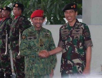 Brunei-Sepakat-Beli-Senjata-dan-Tank-dari-Indonesia