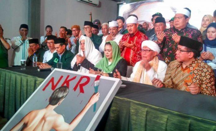 Yenny-Wahid-dan-Gusdurian-dukung-Jokowi-696x425