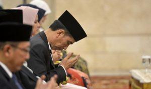 Jokowi-Widodo-berdoa