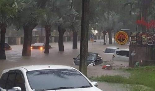 surabaya banjir